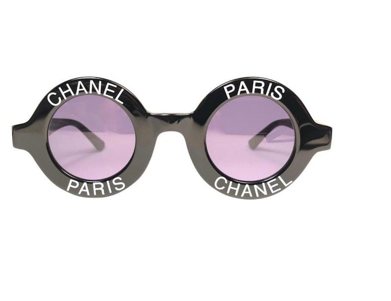db3e0f01a446 Vintage Iconic CHANEL PARIS Logo 01945   1990 s Frames
