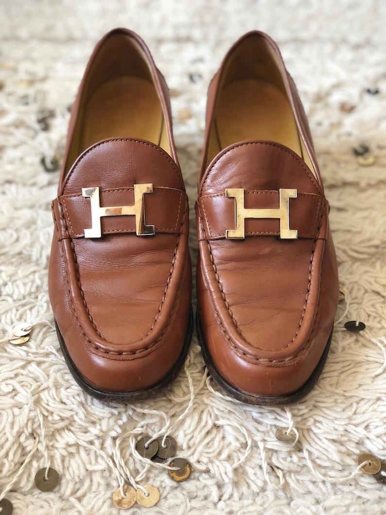 d559aba4834 Vintage HERMES H GOLD Logo Brown Cognac Leather Loafers Flats