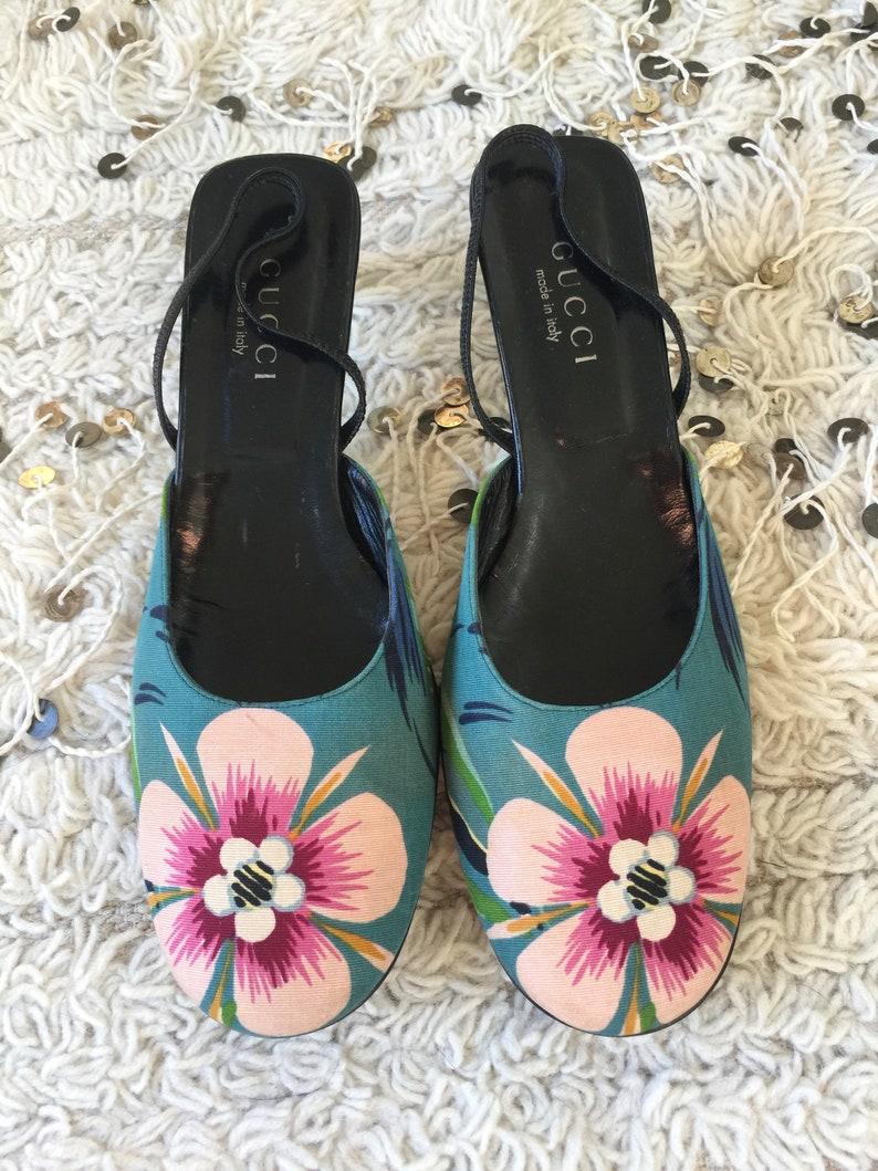 a7de63b2f7f Vintage 90 s GUCCI FLORA Floral Flower Canvas Leather