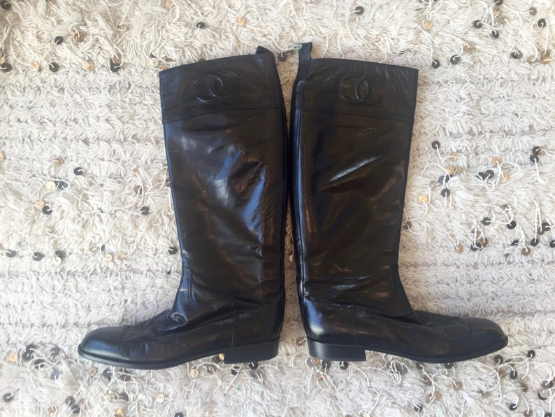 012cd4208ff Vintage CHANEL CC Logo Knee OTK Riding Black Leather Boots 38