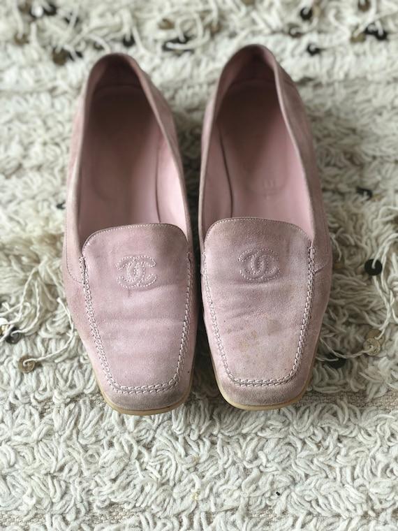 Vintage 90s CHANEL CC Logo Pink Suede Leather Loaf