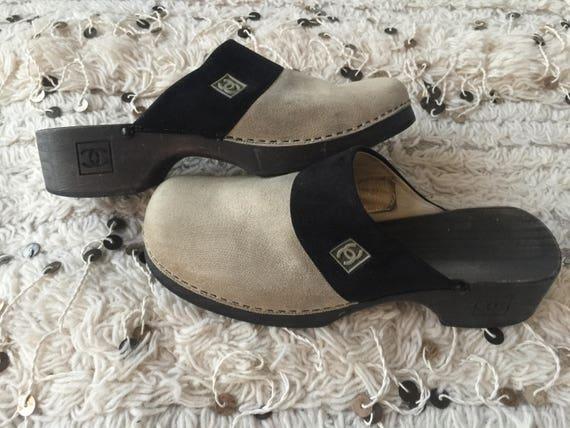 36dcf93de75af Vintage CHANEL LOGO 90's Beige Black Canvas Leather MINIMALIST Clogs Slides  Mules Slip On Sandals Shoes eu 38 us 7.5 - 8