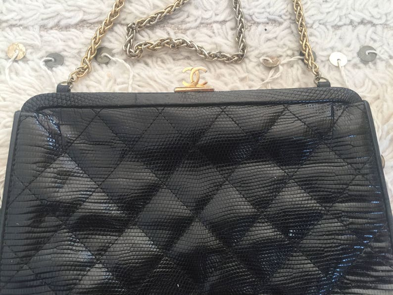 92424adad364 Vintage CHANEL CC Logo Frame Brown Quilted LIZARD Leather