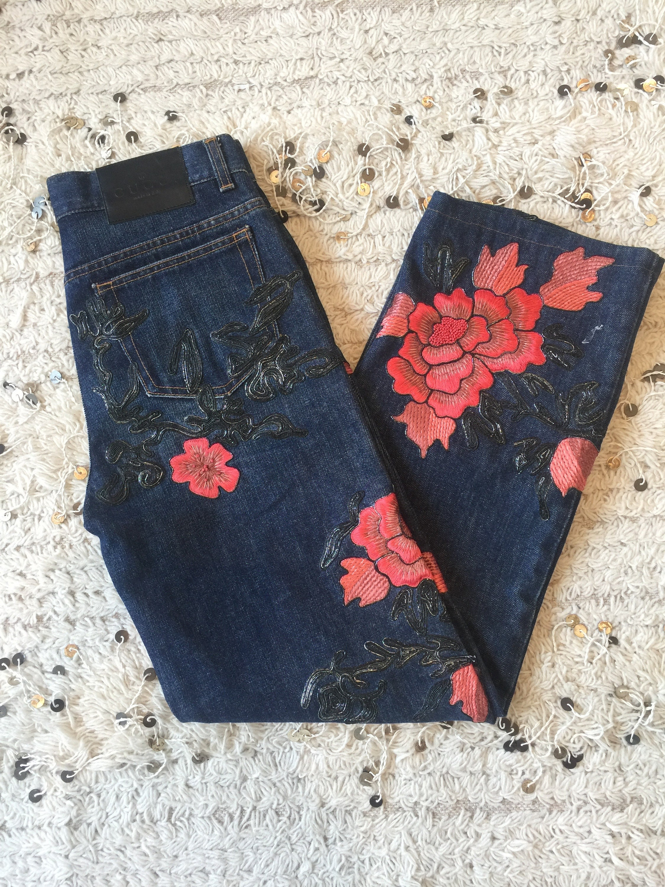 8bc5501c5c7 Vintage 90 s GUCCI Tom Ford Era Embroidered Beaded Floral