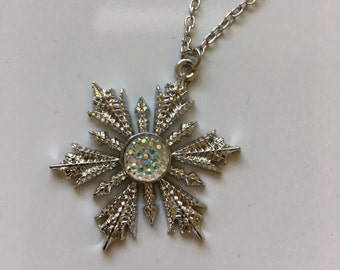 Once Upon a Time Snowflake necklace of Anna
