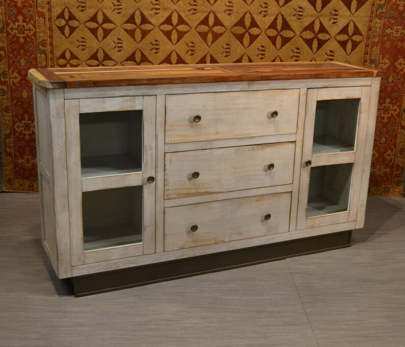 Bon Rustic Distressed Style Solid Wood White Finish Sideboard / Media Cabinet /  Console With Two Doors And Three Drawers