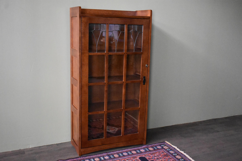 Mission Quarter Sawn Oak Leaded Glass Bookcase With Lock Key