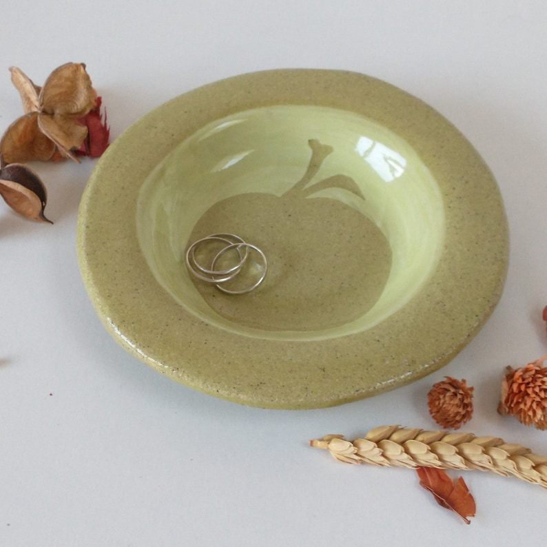 Small ceramic apple plate ring dish ideal gift yellow/green image 0