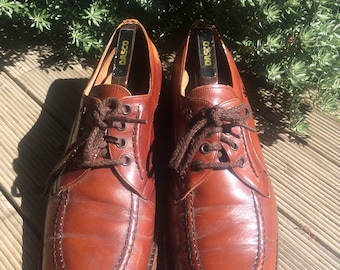 Vintage men's shoes and shoe tree