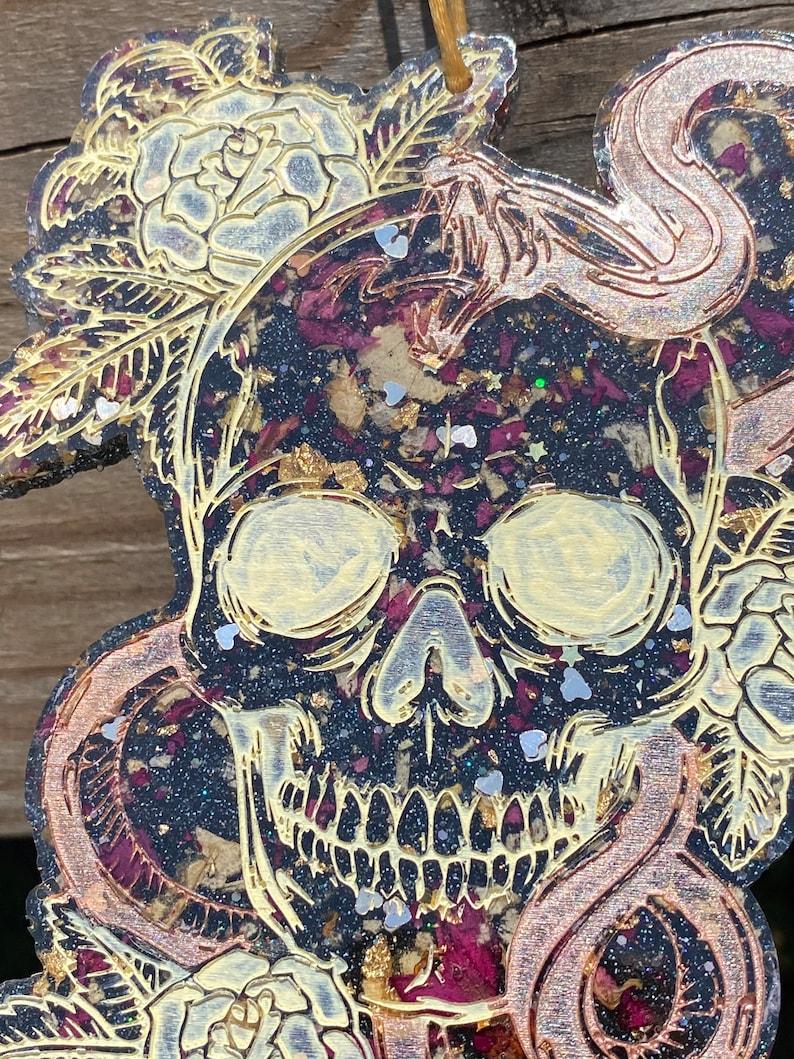 Skull and snake resin wall hanging decor