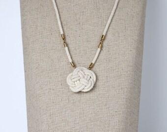 MADAM SHIRLEY necklace