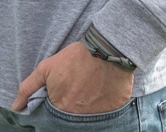 Paracord Bracelet | Nautical Rope Bracelet | Carabiner Bracelet | Climbing Bracelet | Grey Bracelet | Mens Bracelets | NEVETdesigns