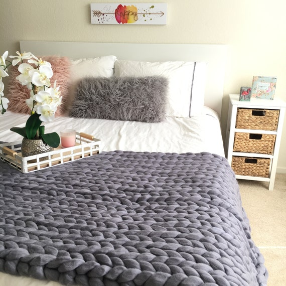 Hand Knit Blanket Large Cable Knitted Throw Chunky Throw Bed Runner Super Bulky Giant Knitting Perfect Christmas Gift For Girl Wife Mom