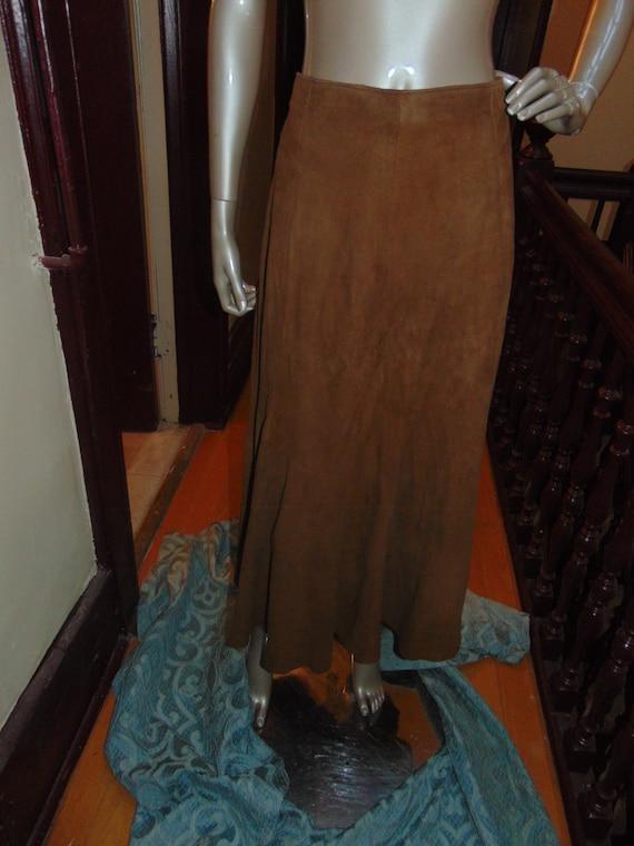 VAKKO Suede Brown Skirt