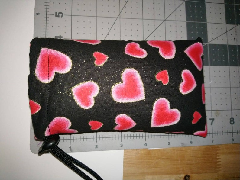 New 6 X 4 Padded Pipe Bag  Case  Pouch  Glass Bowl Bag   Chillum  One-Hitter  Small  Hearts with Gold Glitter