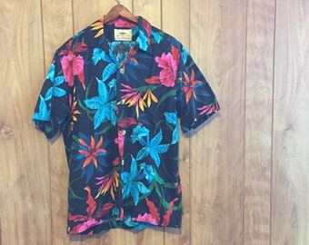 b1eff533f Vintage Paradise On A Hanger Floral Hawaiian Shirt // Vintage Luau Shirt //  Beach Shirt // Medium