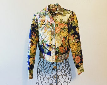 Vintage Quilted Jacket with abstract  floral design XS  SMALL