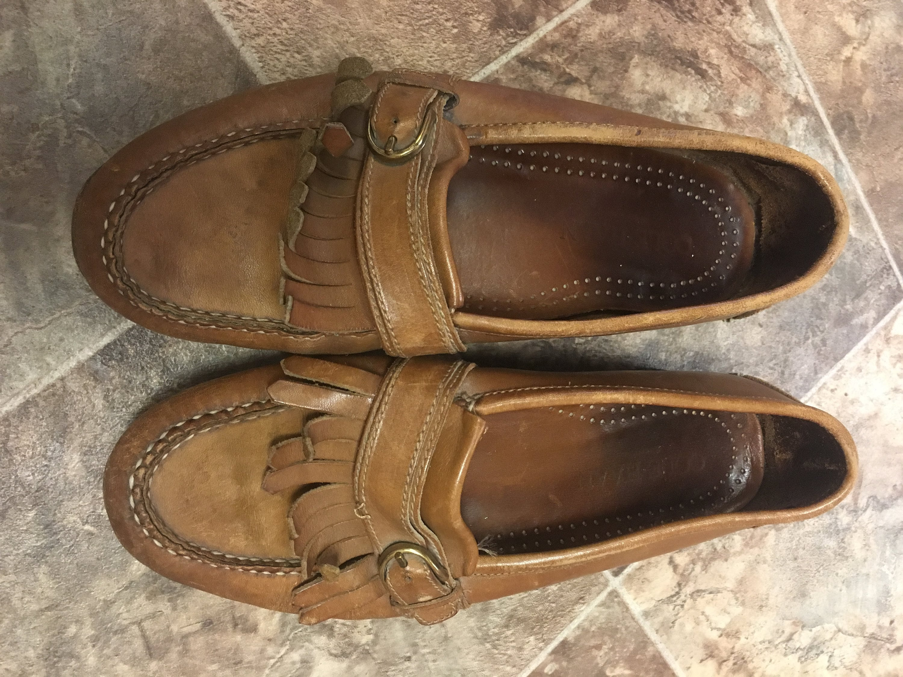c438754c36bc3 90's Leather Slip On Loafers Size 10