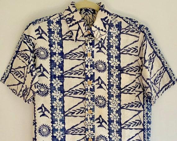 Barkcloth Tiki Shirt Hawaiian Aloha Shirts Blue White Hawaii Island Floral Tapa Print Mens M