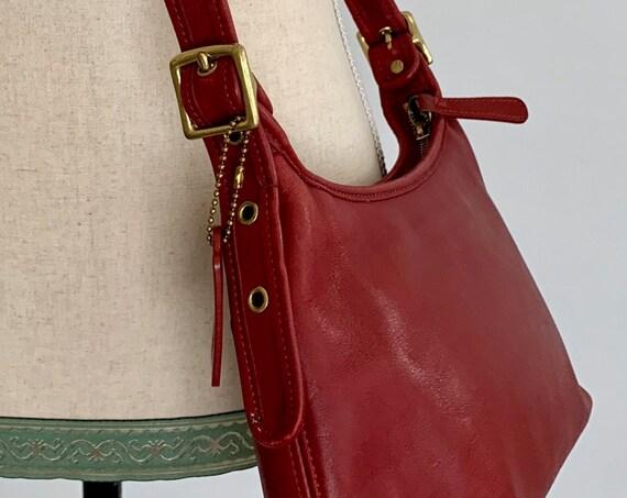 Red Leather Coach Purse Vintage Handbag Shoulder Bag Brass Hardware Adjustable Strap Cross Body Messenger Bag