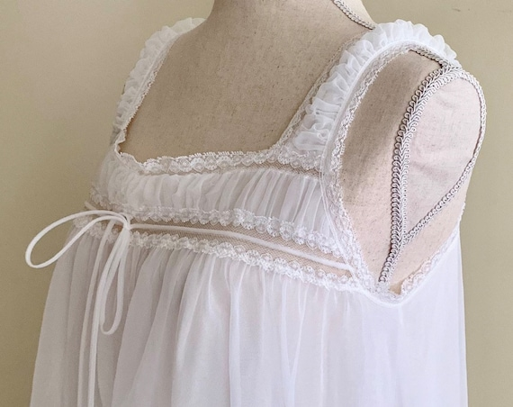 White Lace Babydoll Nightgown Vintage 50s Gotham Puckered Straps Inset Lace Breezy Semi Sheer Size XS S