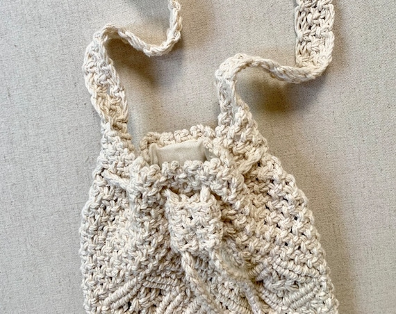 Macrame Crochet Drawstring Purse Bag Vintage Natural White Girl Child Teen Summer Boho Beach Hippie Folk Macrame