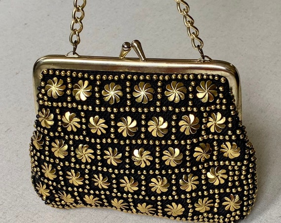 Black Gold Beaded Purse Wristlet Clutch Vintage Regal Made in Hong Kong Gold Frame Chain Strap Small Size