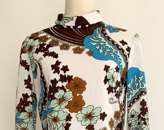 70s Polyester Floral Dress Maxi Length Made in England Vintage White Blue Brown Aqua Flower Print Long Sleeve Size S M