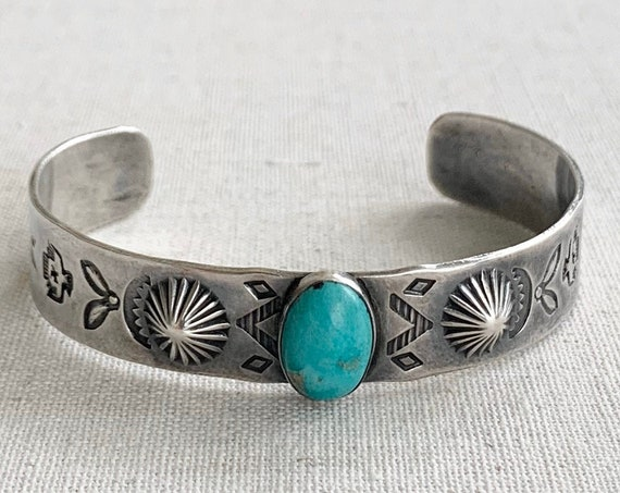 Repousse Turquoise Bracelet Cuff Fred Harvey Era Vintage Hand Stamped Thunderbird Arrow Band Native American Jewelry