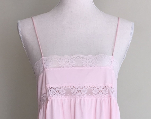 Debenhams Pink Lace Babydoll Nightie Nightgown Sexy Low Cut Lace Bust Line Made in UK Size XS
