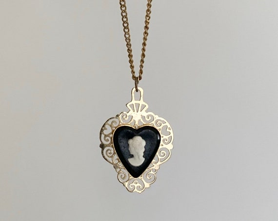Cameo Heart Necklace Victorian Style Vintage Mid Century Costume Jewelry Gold Tone Black White