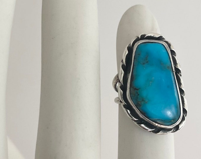 Exquisite Blue Gem Turquoise Ring Sterling Silver Native American Navajo Asymmetric Teardrop Cabochon Size 6.25