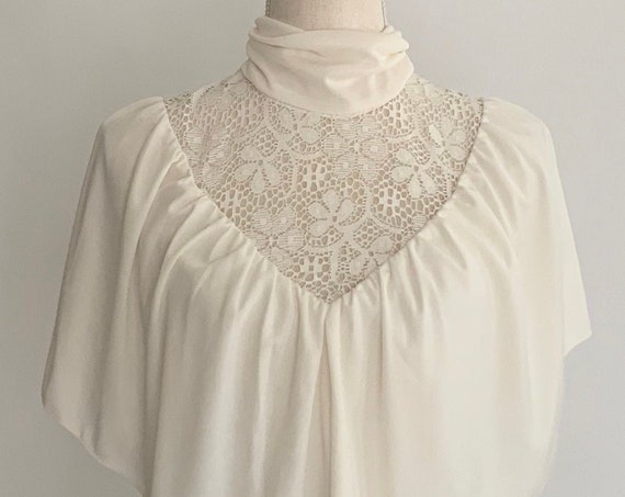 70s Maxi Dress Victorian High Neck Style Flutter Layer Vintage Dresses Ivory White Crochet Detail Boho Folk RomanticSize XS