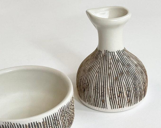 70s Kravec Studios Pottery USA Vintage Ceramic Vase Pitcher Creamer and Bowl Set Ivory Bisque Etched Brown Details