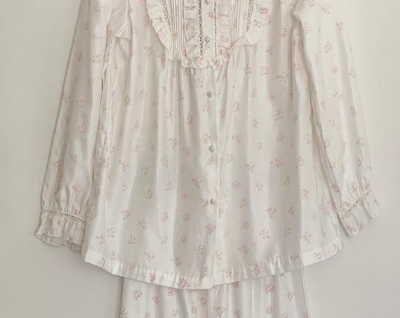 Barbizon Two Piece Pajama Vintage Nightwear Sleepwear White Pink Rose Floral Print Lace Ruffle Details 2 Piece Pajama Top and Pant Set XS