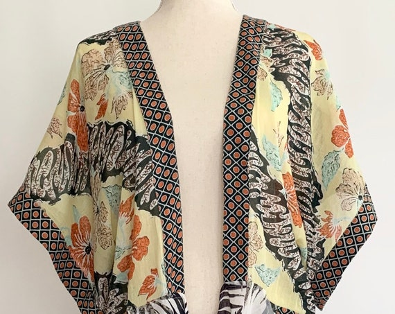 Lightweight Cotton Kimono Cover Up Made in India Boho Floral Hibiscus Print Front Pockets XS S M