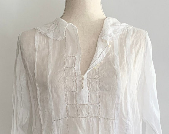 Antique Victorian Blouse Handmade Vintage Costume White Cotton Crochet Details Mother of Pearl Buttons S