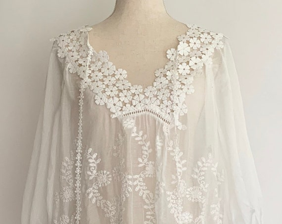 Sheer White Cover Up Caftan Kaftan Vintage Boho Summer Beach Floral Embroidery Broderie Anglaise Size S M
