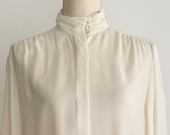 80s Silky Blouse Top Vintage Ivory White High Neckline Pearl Buttons Womens Shirts Size XS S