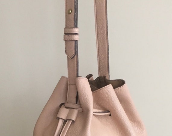 Blush Hobo Bucket Bag Purse Buttery Soft Leather Excellent Vintage Condition Drawstring Closure with Tassels Beige Buff