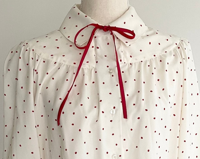 Cherry Print Blouse Top Vintage Button Down Ivory White Small Red Cherries Velvet Pussy Cat Bow Tie Neck Size XS