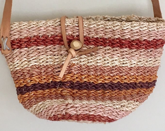 Small Sisal Bag Purse Leather Straps Vintage Artisan Made Desert Tones Natural White Brown Summer Beach Bag Straw Jute