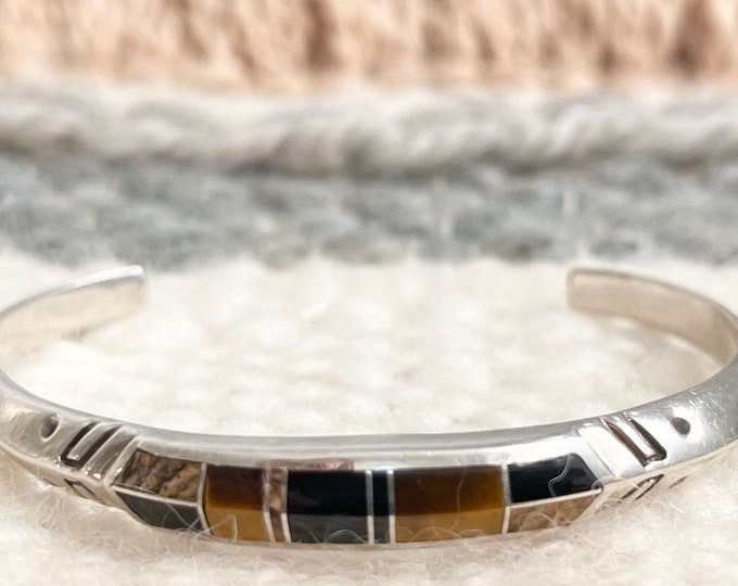 Zuni Tigers Eye Bracelet Cuff Vintage Native American Geometric Flush Inlay Thin Stamped Band