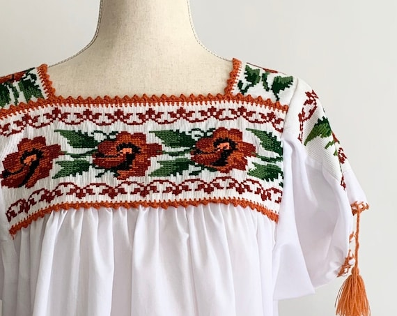 Embroidered Mexican Tunic Top Vintage White Cotton Blend Floral Embroidery Hippie Folk Festival Tribal Boho Size S M