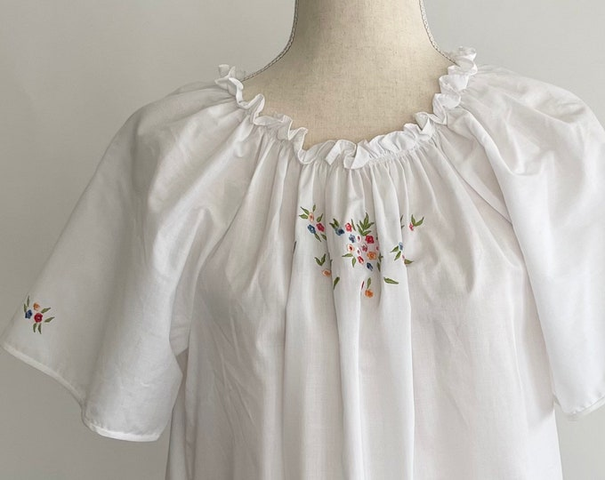Floral Embroidered Natori Nightgown White Cotton Blend Vintage Sleepwear Long Floor Length Flutter Sleeves Elastic Gathered Neckline