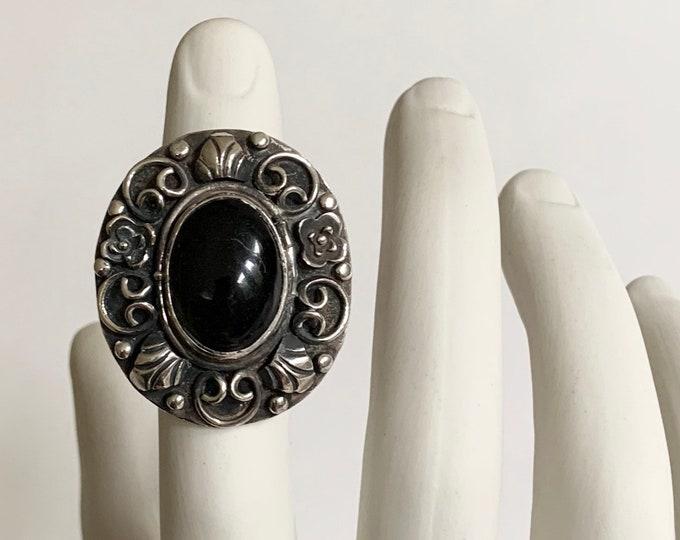 Sterling Silver Poison Ring Oversized Large Face Vintage Ornate Filagree Secret Locket Compartment Gemstone Statement Rings Size 9