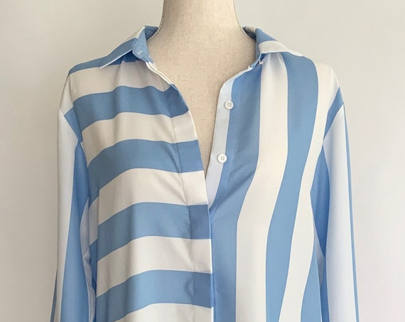 DKNY Striped Pajama Top Shirt Blouse Vintage Designer White Light Blue Striped Soft Drapey Polyester Work from Home Size S