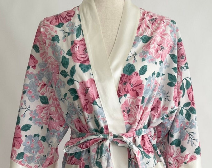 80s Floral Robe Dressing Gown Vintage Say-lu Made in USA Pink Pastel Flower Print Satin Trim Tie Waist Size S M