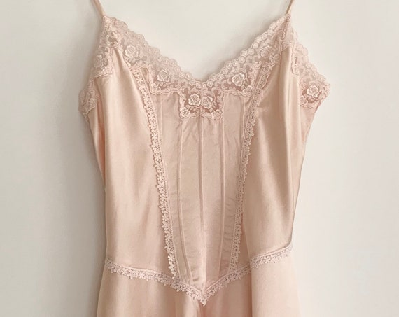 Victoria's Secret Silk Nightie 80s VS Pale Ballet Pink Pintucked Bodice Lace Trim Skater Skirt Bridal Wedding Valentines Size XXS XS