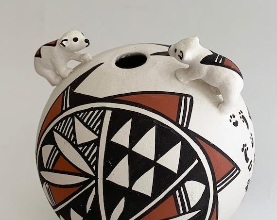 Acoma Pottery Round Pot Bear Figurine Handmade Handpainted New Mexico Fine Art Folk Art Small Size Artist Signed VL